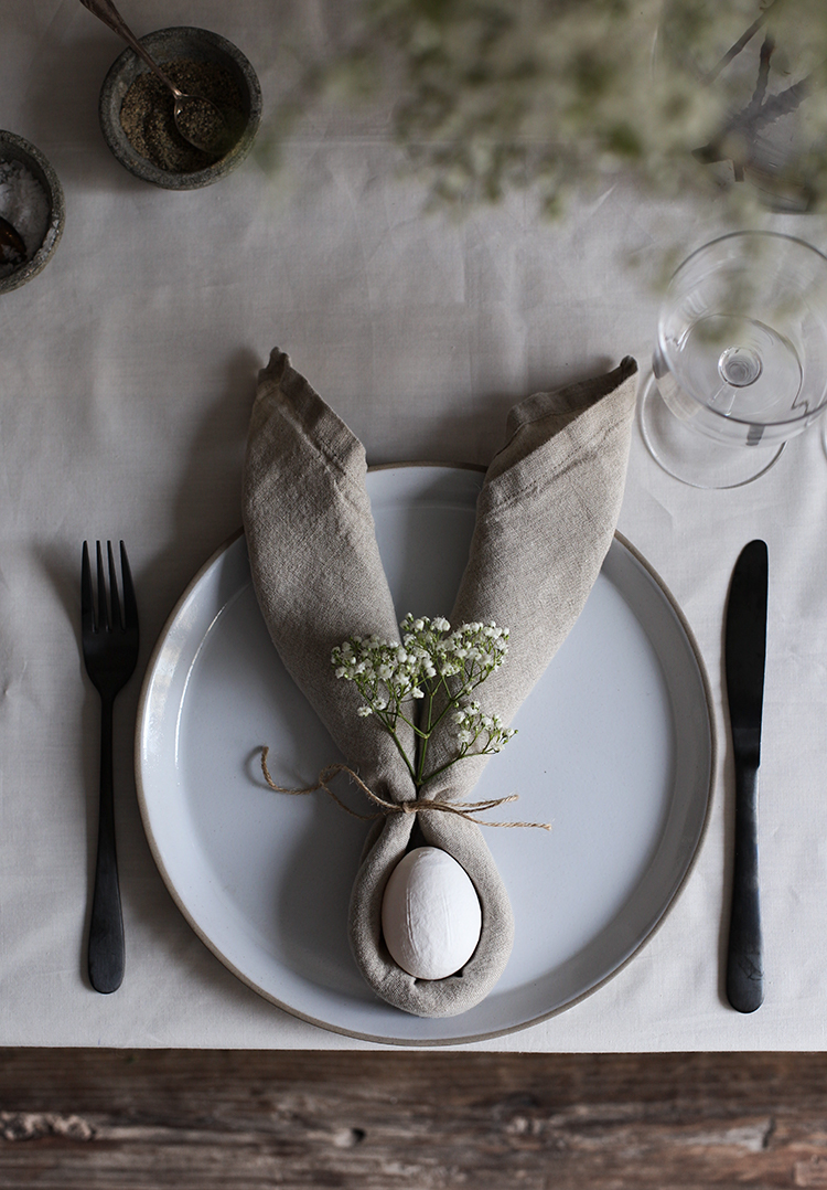 my-scandinavian-home-easter-table-bunny-ears-napkin-diy